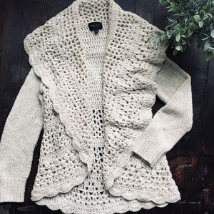 ROMEO & JULIET COUTURE Cardigan Sweater SMALL EUC